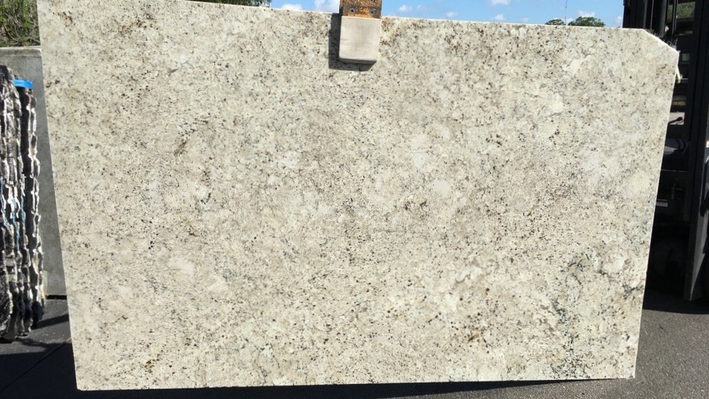 Granite Depot : D17 Colonial Cream 117x73 - Granite Depot of Jacksonville, Florida